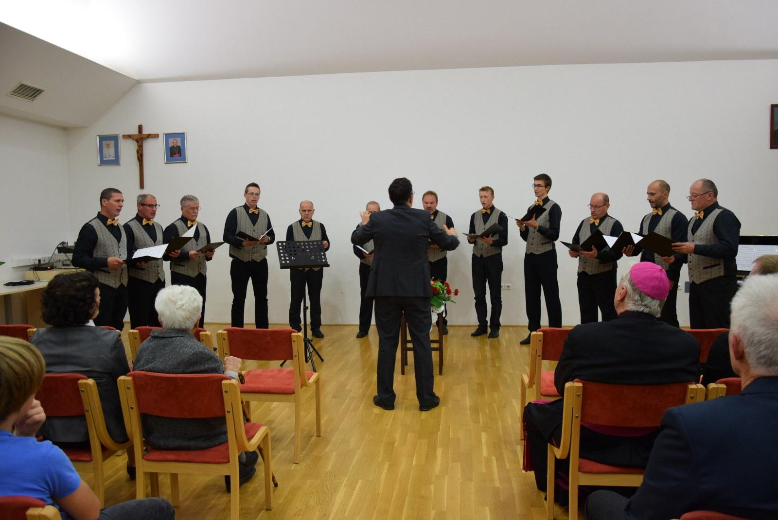 Akademija ob 80-letnici začetka gradnje župnijske cerkve
